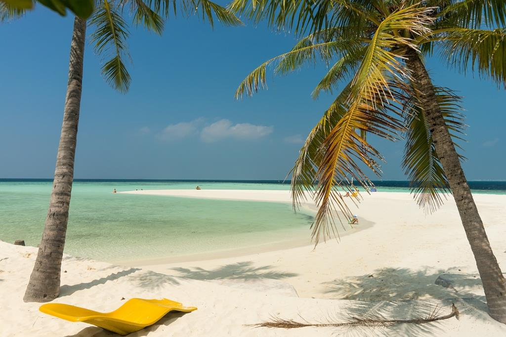 embudu island beach resort maldives