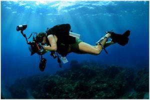 Snorkel whistle